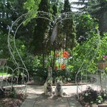 Sweetheart trellis in front of house