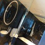 Hotel ICON Club Sea View Room bathroom