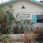 Front of Mango Inn