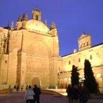 San Esteban de noche