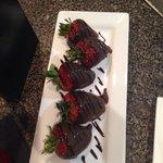 Yummy Chocolate Covered Strawberries