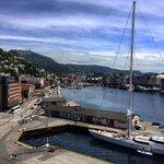 Bergen med Vågen sett fra Rosenkrantztårnet
