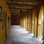 Walkway to Chambres