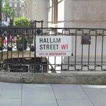 Nombre de la calle del hotel