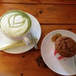 green tea latte and carrot cake