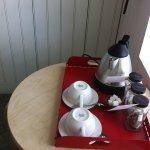 お部屋備え付けのお茶セット