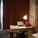 39 Floor Desk