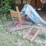 Bajeczny ogród zabaw dla dzieci
