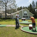Exterior and mini golf