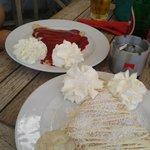 strawberry and raffaelo(coconut and white chocholate) filling