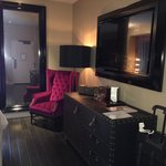 TV, Floor/Ceiling Mirror and dresser - Lux King