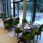 La salle du petit déjeuner et de restaurant.