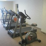 exercise room, Quality Inn Detroit-Troy, Troy, MI, July 2014