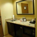 Hampton Inn & Suites Jacksonville - Bartram Park; vanity