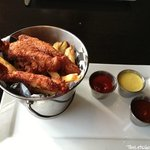 Monkey fingers with fries! I swear that I dream about these.