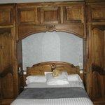 lit avec penderies et rangements