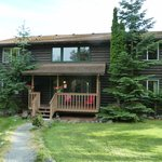 Log Cabin Lodge