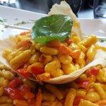 Gnokis au blé tomate basilic