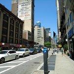 Broadway ao redor do hotel