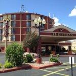 Plaza Hotel and Suites Eau Claire