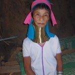 Villaggio Tribale - Donna Padong Long Neck Karen..molto turistico