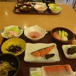 お決まりの和食の朝食