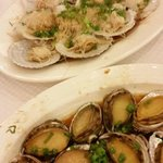 Steamed scallops and steamed abalone