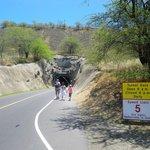 Tunnellen som er lavet ind i selve krateret.