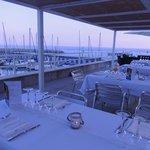 el Grill del Mirador. Un espai únic amb vistes sobre el Port de Garraf, el mar i Barcelona