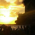 Solnedgangen på Waikiki Beach.