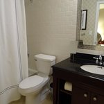 bathrom in room #943
