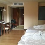 Hotel room (twin beds)