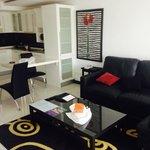 1 bedroom corner suite living area