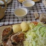 Y de segundo plato del menú del dia: Parrillada de pescado y costilla de cerdo