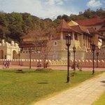 vue du temple de Kandy