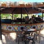 Relax Pool Bar