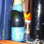Champanhe Com frutas frescas na suite