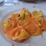 Spinach ravioli (tortelli) -- spectacular!