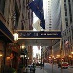 Club Quarters Hotel - Central Loop