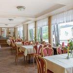 Restaurant mit Maarblick
