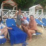 Con amigos en la playa