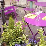 Lavender tables on Ille de Cite