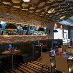 Fahrenheit Bar and Grill