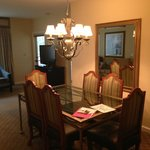 2 br villa dining room
