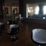 Foyer / main bar (cool seats)