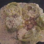 Tortelloni verdi al formaggio di fossa e tartufo