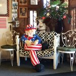 Spirit of July 4th as waiting area greeting
