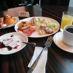 朝食は美味しいです。