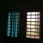 Windows with no curtins