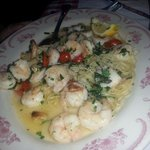 shrimp and pasta.... so good!